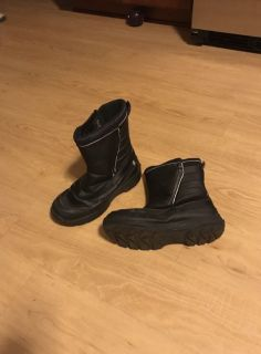 Men s Lands End snow boots 7