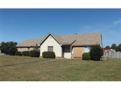 3 Bed Preforeclosure Property in Horn Lake, MS 38637 - Susie Ln