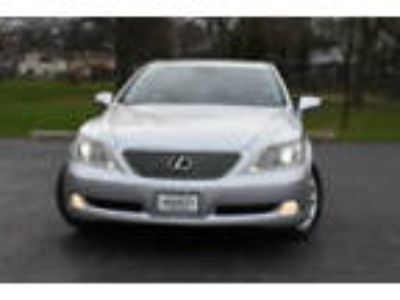 2008 Lexus LS 460 4dr Sedan 4dr Sedan LOADED !!! NAVIGATION !!!