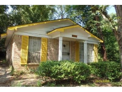 3 Bed 1 Bath Foreclosure Property in Mobile, AL 36610 - Sample St