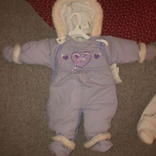 Snow suit with tags