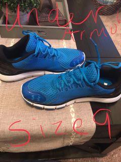Men s tennis shoes