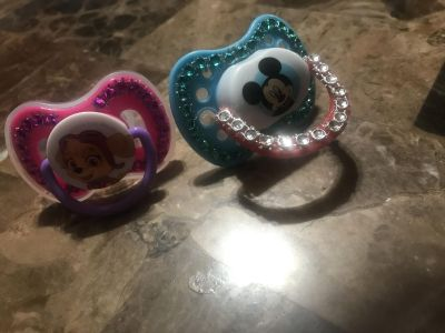 MonteGlamFVS Boutique Special occasion pacifier MICKEY PACI ONLY