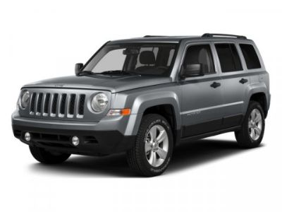 2015 Jeep Patriot Latitude (Black Clearcoat)