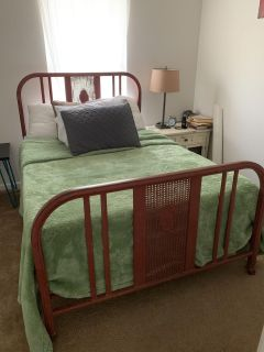 Antique full-size iron bed fame