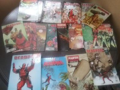 Deadpool comics and graphic novels bundle