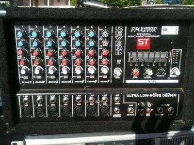 $150 OBO Soundtech PMX200R Powered Mixer 200 Watts