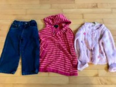 4T sweaters and jeans