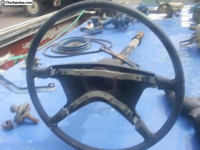 1974-77 Standard Beetle steering column w/wheel