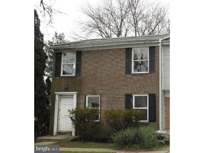3 Bed 2.5 Bath Foreclosure Property in Edgewood, MD 21040 - Harford Square Dr