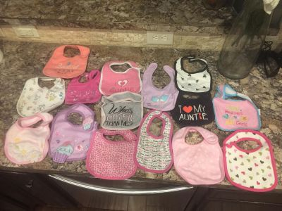 15 baby girl bibs - perfect condition
