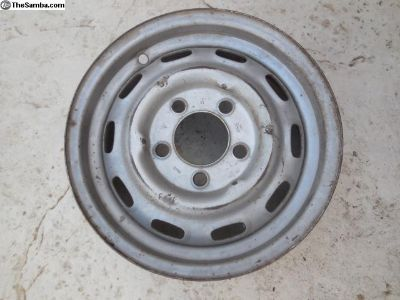 Porsche 911 Original Lemmerz Steel Wheel 5 1/2 J x