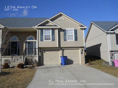 Apartment Rental - 1234 Ashley Dr