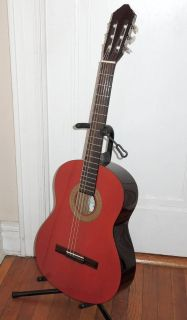 Lucero LC100 Classical Guitar & Stand