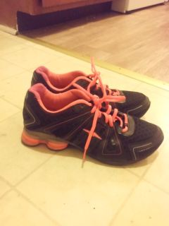 Neon pink and black Avia shoes