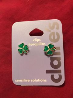 St. Patrick s Day clip on earrings