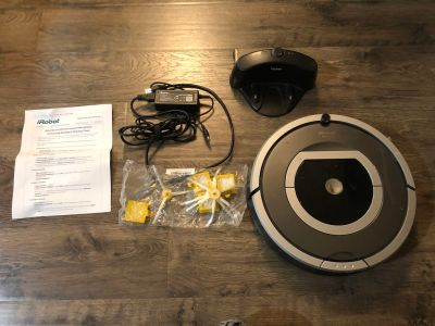 IRobot Roomba 500 Series With Charging Station & Extra Parts