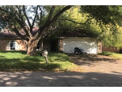 3 Bed Preforeclosure Property in Richmond, TX 77406 - Land Grant Dr