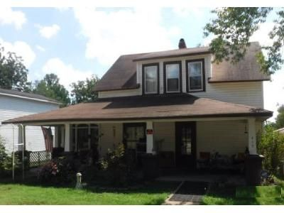 2 Bed 1 Bath Foreclosure Property in Anderson, MO 64831 - 2nd St
