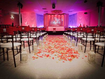 To Get Flexible Services Choose Wedding Halls in Houston