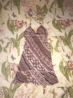 Women s guess dress size large excellent condition! Top has padding