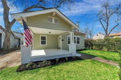 Move in Ready Adorable 1919 Craftsman Home