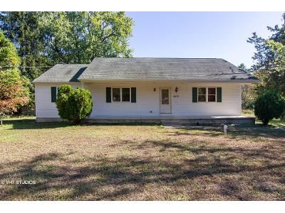 3 Bed 2 Bath Foreclosure Property in Atco, NJ 08004 - Vineyard Rd