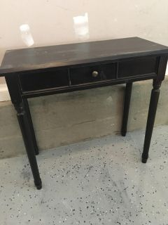 Small gently used desk/side table