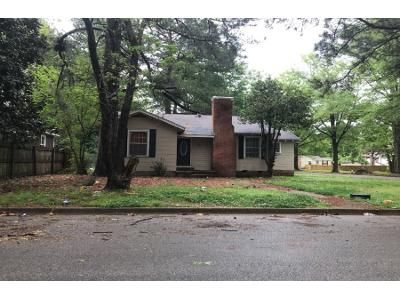 3 Bed 1.5 Bath Foreclosure Property in Tupelo, MS 38804 - Shirley Ave