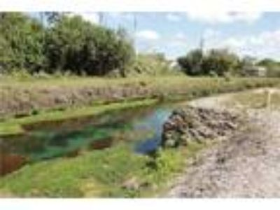 Land for Sale by owner in Homestead, FL