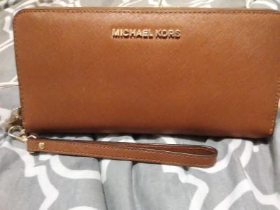 Michael Kors Women's Leather Wallet