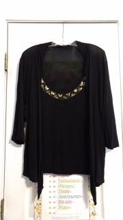 EUC, viscose, top by Cable and Gauge. Size 1X. Asking $3.00