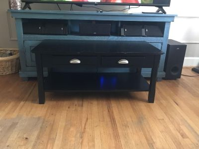 Back coffee table w drawers