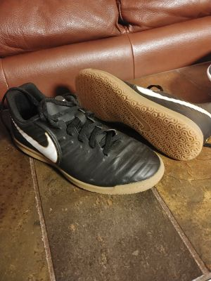 Nike TIEMPO-X Indoor Soccer Shoes
