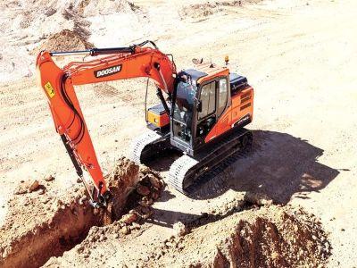 2015 Doosan Construction DX140LC-5