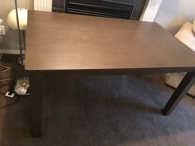 Mystyle Elba collection dining table with 2 chairs