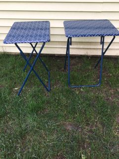 Sturdy TV tray tables