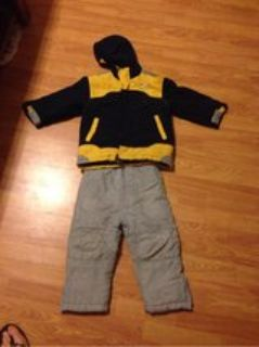 size 4 toddler preschool Nike coat and climate control snow pants