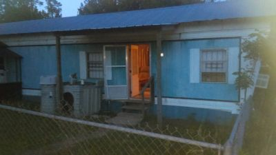 2 bed,1 bath fully furnished with washer and dryer