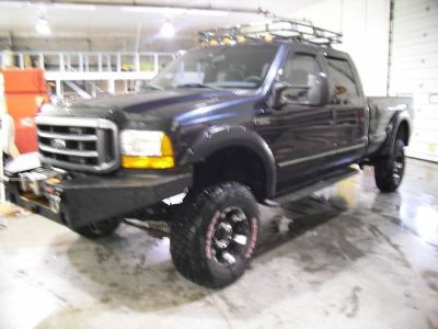 Super Duty Crew Cab 4x4 with a 7.3L Diesel2000 Ford F-250