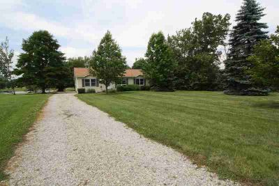 478 Waynoka Drive Franklin Township Three BR, This waterfront