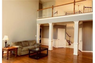 Beautiful Midland House for rent. 3+ Car Garage!