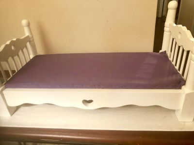 Melissa &Doug solid wood white doll bed. Like new.