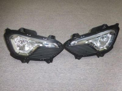 Buy Santa Fe 3.3L 2013-2016 RIGHT & LEFT FOG LIGHTS FOG LAMPS OEM WITH COVERS motorcycle in Riverside, California, United States, for US $199.99