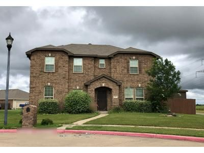 4 Bed 3 Bath Preforeclosure Property in Lancaster, TX 75146 - Overlook Dr
