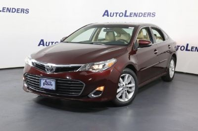 2015 Toyota Avalon XLE (Red)