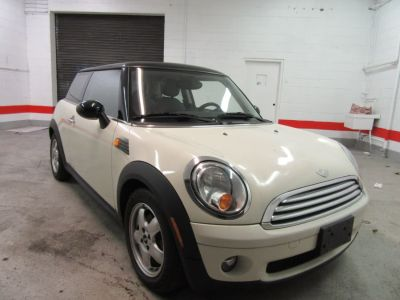 2009 MINI Cooper Base (White)