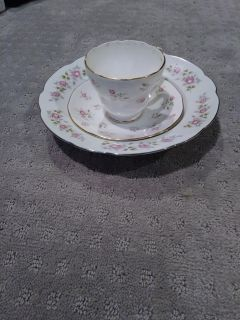 3 piece set tea cup and plates