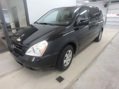 2010 Kia Sedona Base 4dr Mini Van SWB