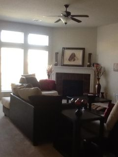 $650, Humble Chic looking for a Roommate